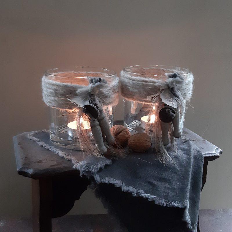 Waxinelichthouder met grijze wollen rand en houten klosjes maat M RMV Tactiles