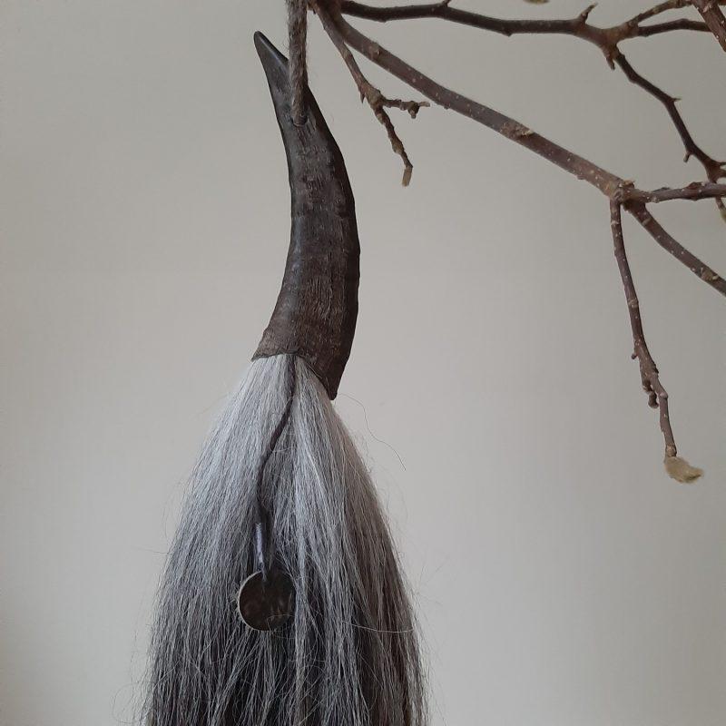 Kleine geitenhoorn met donkere wolpluim met kleurverloop nr.17 - RMV Tactiles